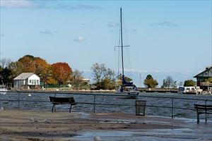Fall at Hudson Park_thumb.jpg
